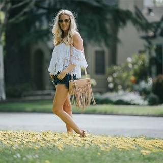 tularosa-crop-top-with-free-people-shorts