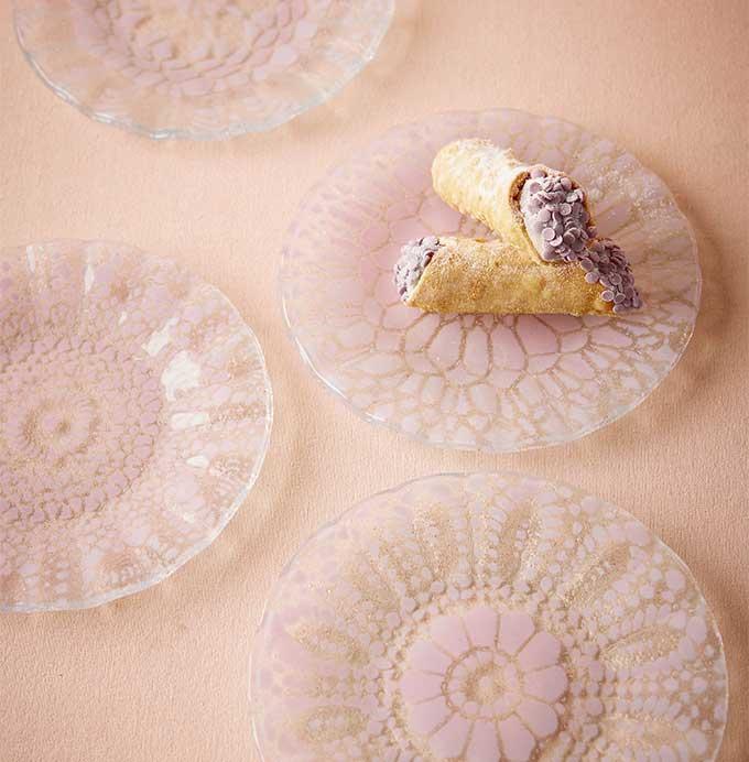 BHLDN Crocheted Glass Plates