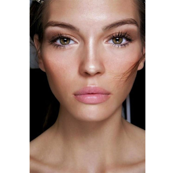 dewy, glowing skin makeup look
