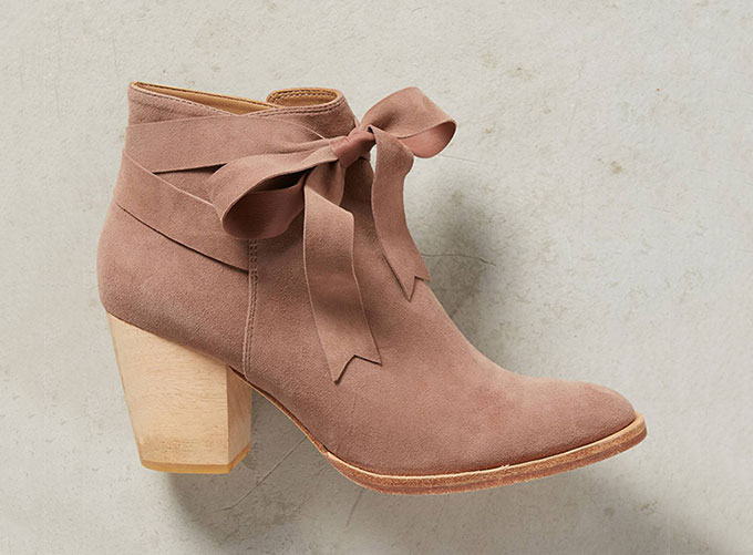 Huma Blanco Bowtie Booties from Anthropologie