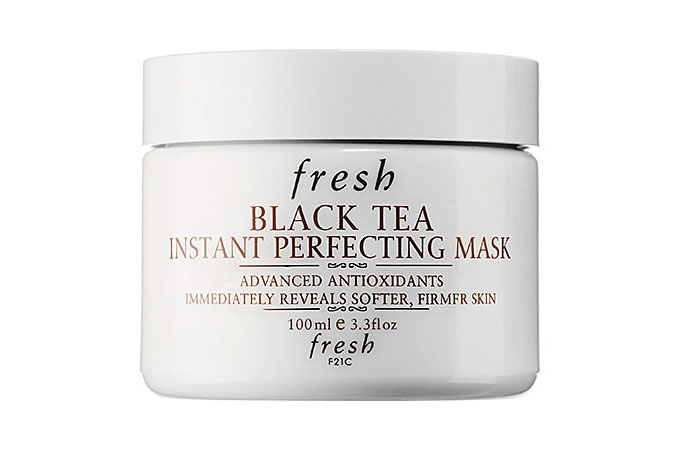 black-tea-instant-perfecting-mask