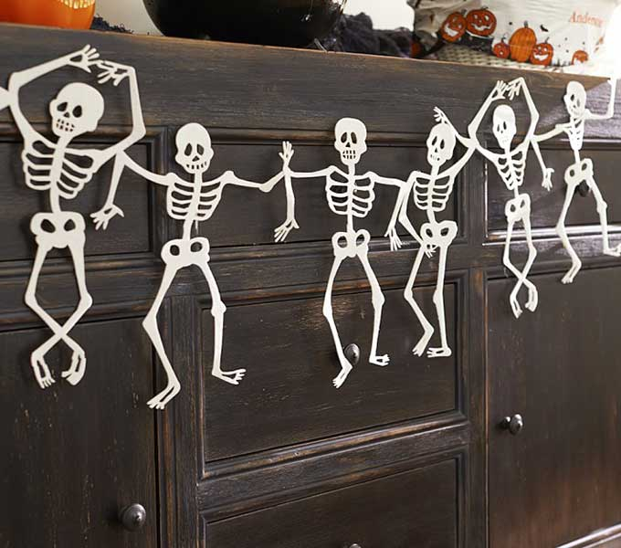 Whiskey & Lace Blog: Spooky & Stylish Halloween Décor Essentials
