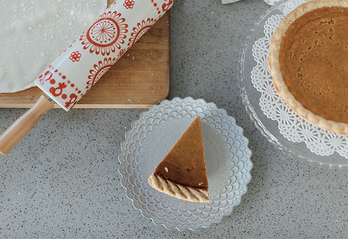 Whiskey & Lace Blog - Perfectly Baked Pumpkin Pie