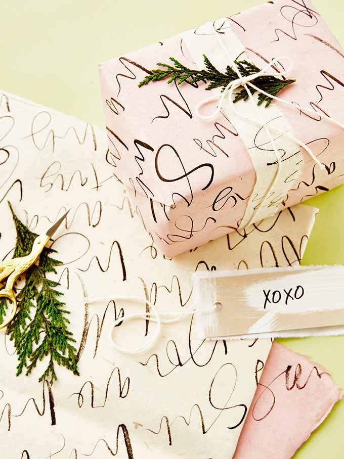 Whiskey & Lace Blog: Holiday Wrapping Paper I'm Loving