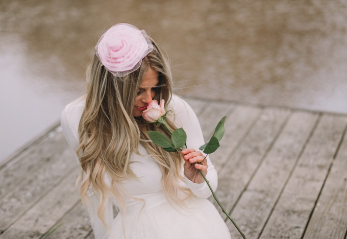 flower headband and white outfit