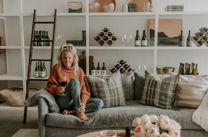 Whiskey & Lace Online Wine Club